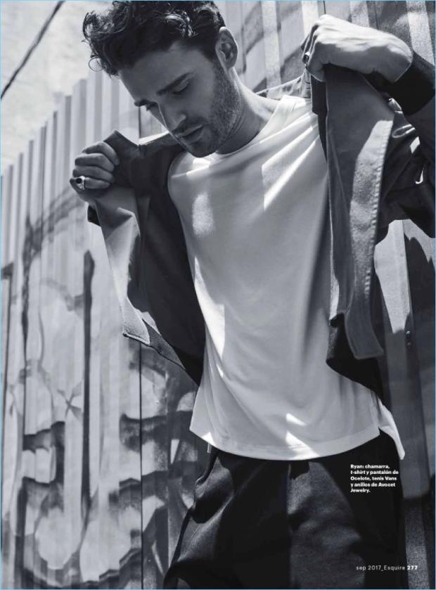 Esquire-Latin-America-2017-Fashion-Editorial-010