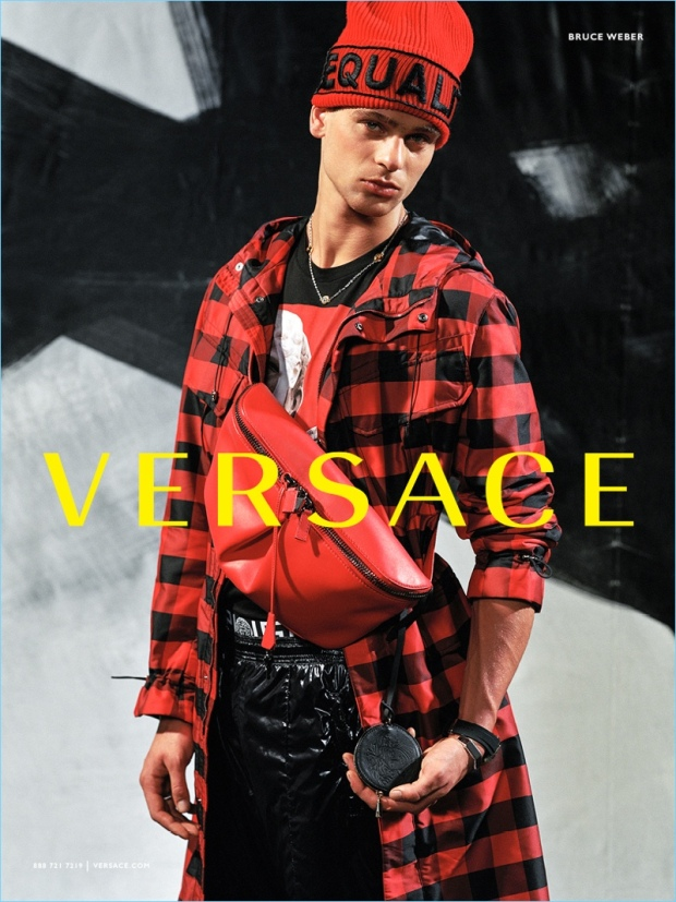 Versace-Fall-Winter-2017-Mens-Campaign-006