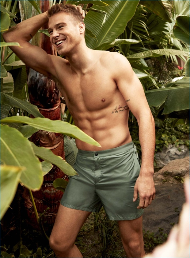 Matthew-Noszka-Swimwear-Simons-Lookbook-008