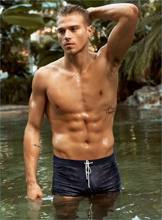 Matthew-Noszka-Swimwear-Simons-Lookbook-010
