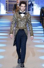 Dolce-Gabbana-Fall-Winter-2018-Mens-Runway-Collection-002-450x700
