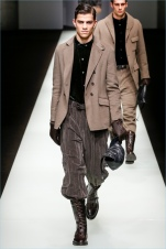 Giorgio-Armani-Fall-Winter-2018-Mens-Runway-Collection-016